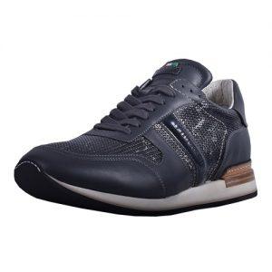 Sneaker_9067_2 Saturn